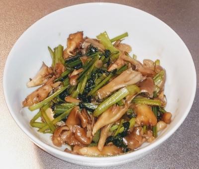 小松菜と舞茸のオイスター炒め