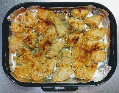 鮭とバジルマヨパン粉焼き