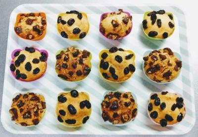 トースターでバニラアイスを使ってカップケーキを作った写真です